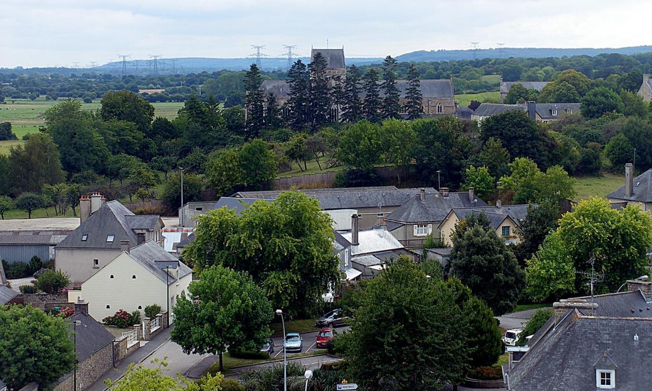 14_l'abbaye_vue_du_haut_du_chateau