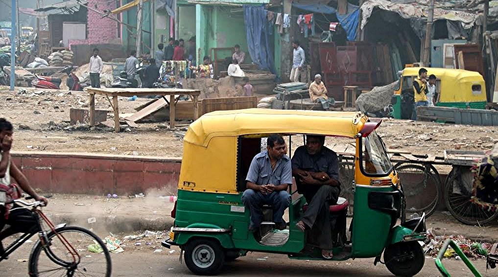 5 Delhi Tuk t   uk