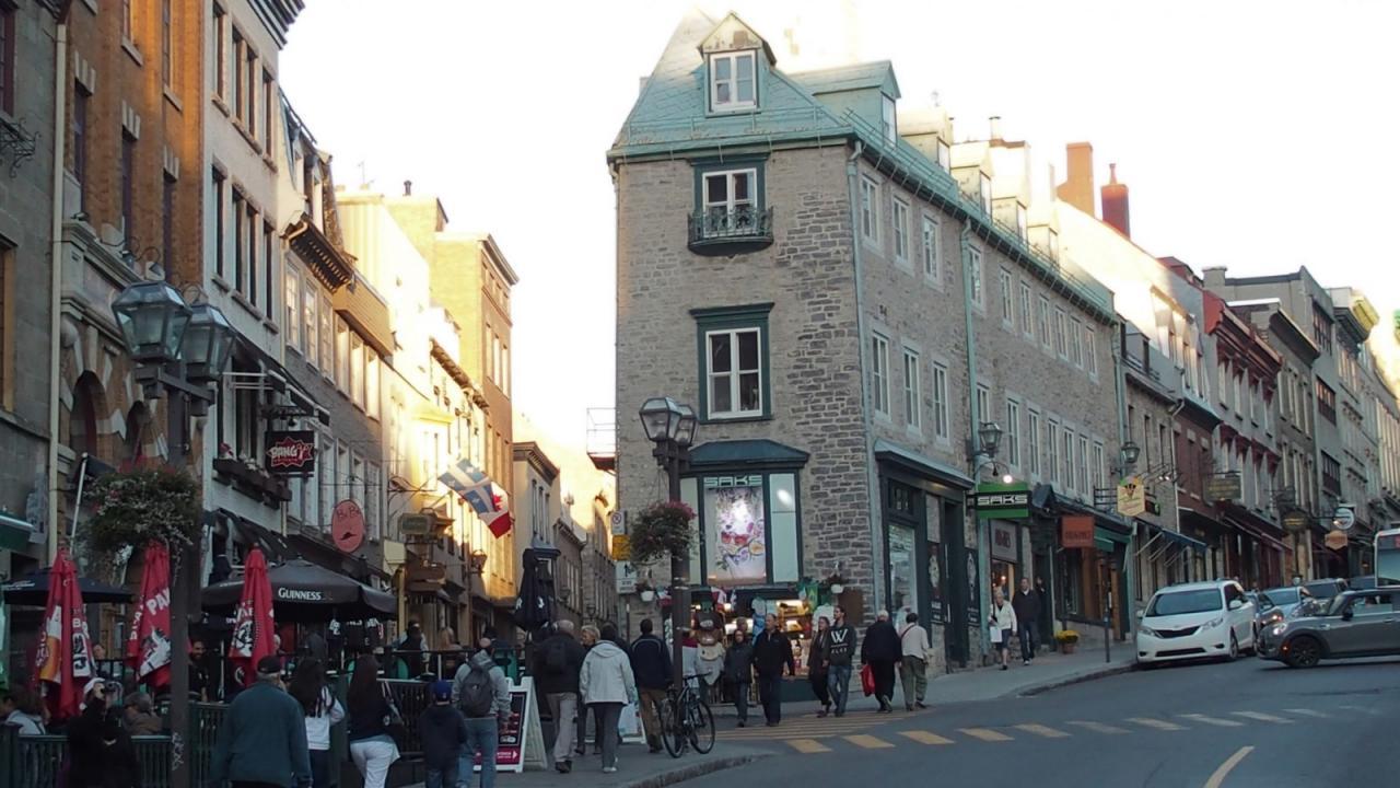 N Québec 8