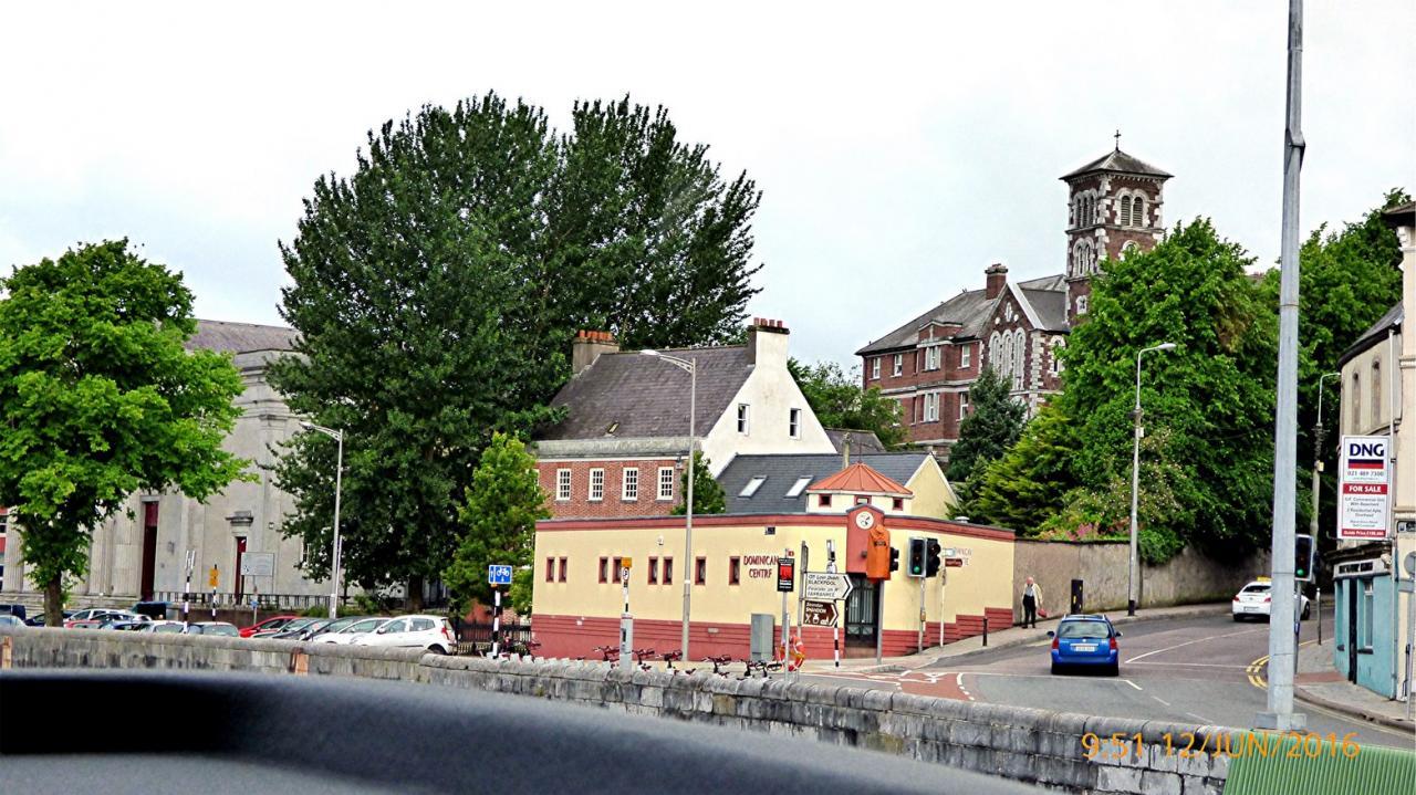 P1000163 Cork