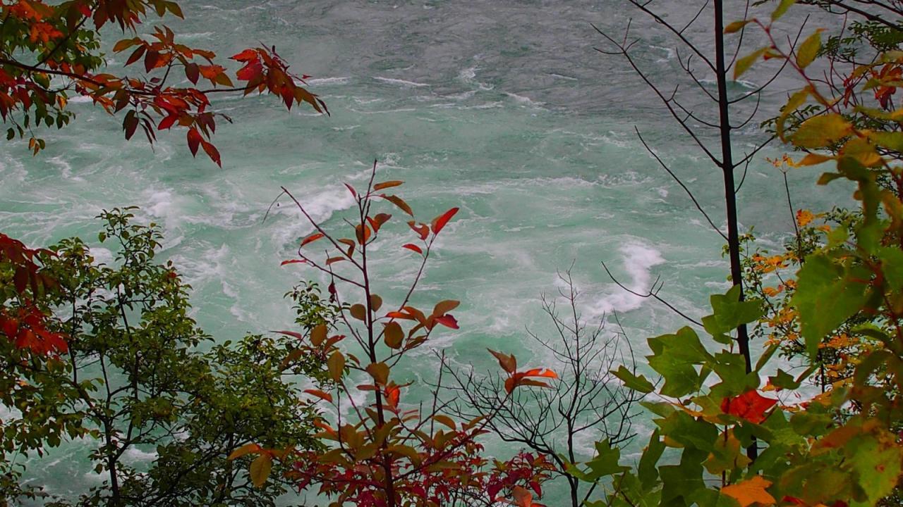 S Niagara Canyon 2