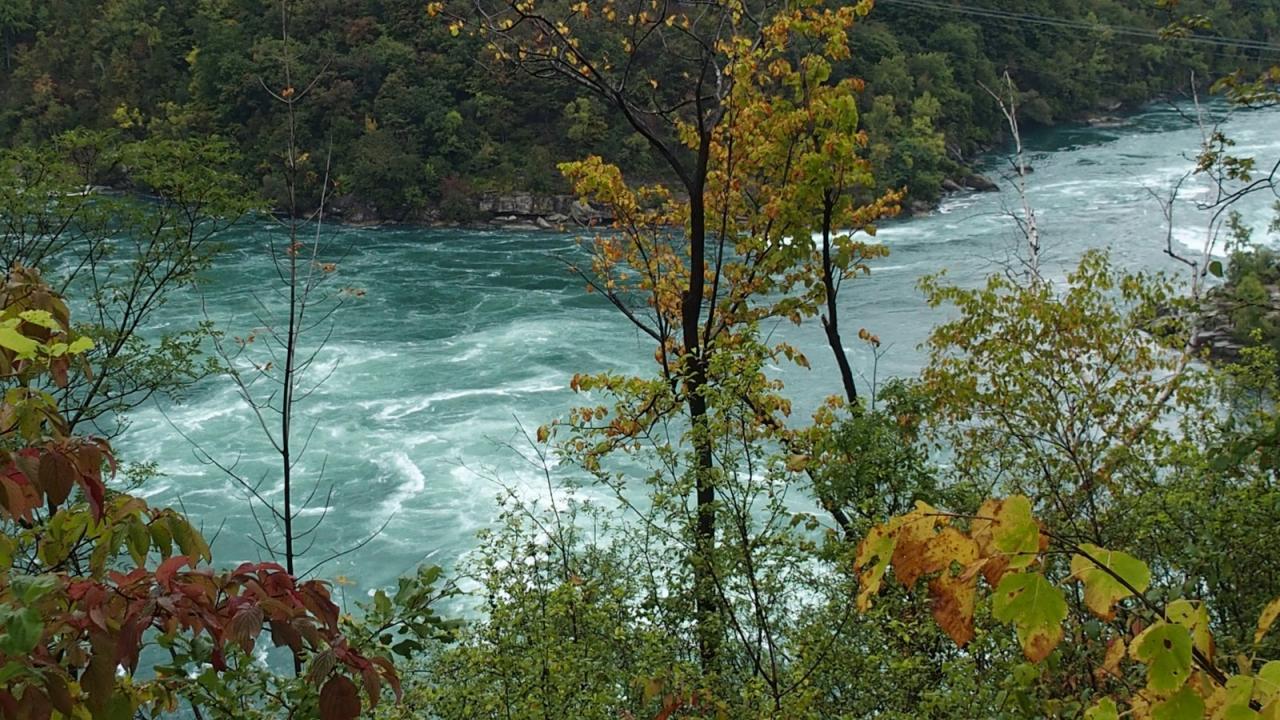 S Niagara Canyon 3