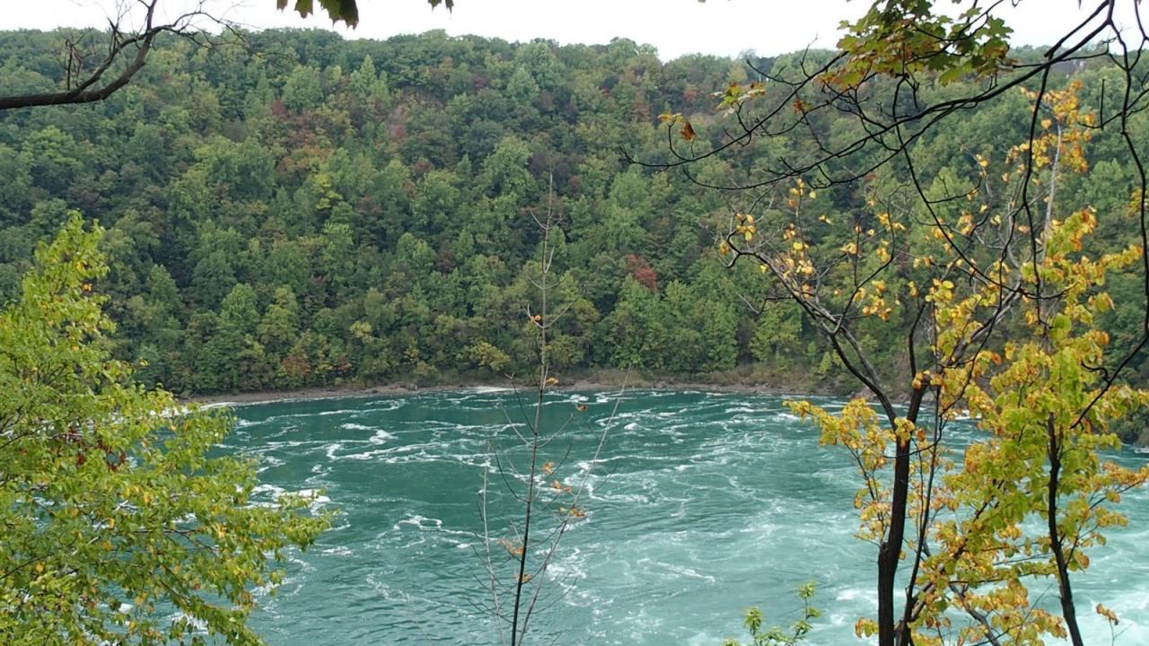 S Niagara Canyon 5