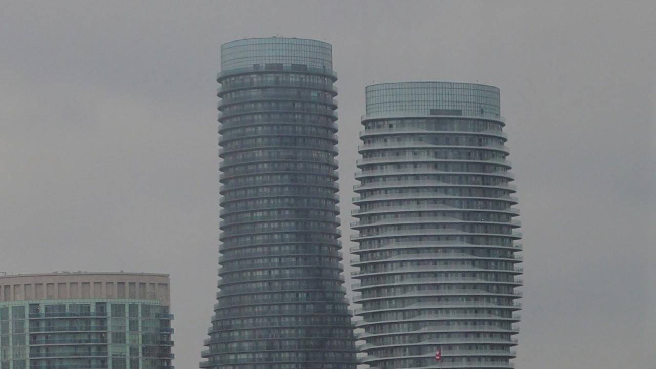 Toronto 24